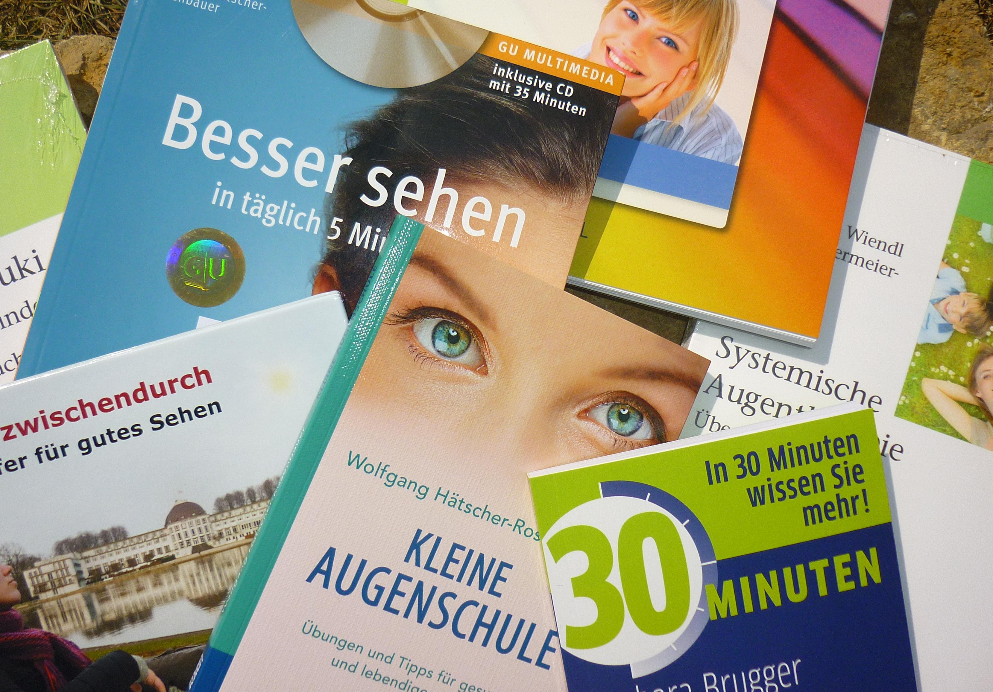 Bücher, Zeitungen und CDs